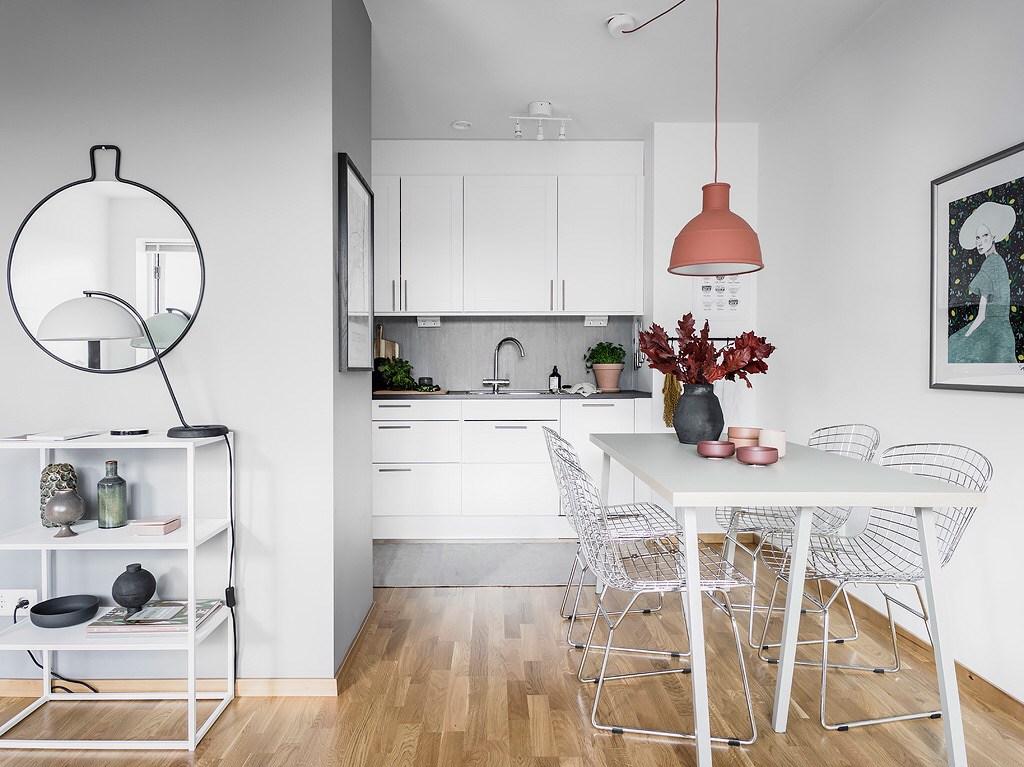 дизайн маленької кухні студії